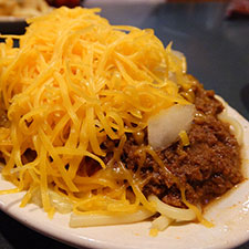 How To Conquer The Cincinnati Chili Trail