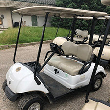 City auctions items from 2 closed golf courses