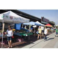 2nd Street Market welcomes new Sunday hours, farmers market
