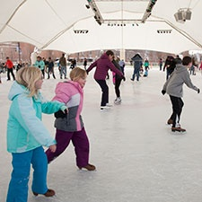 MetroParks Ice Rink opens Thanksgiving weekend
