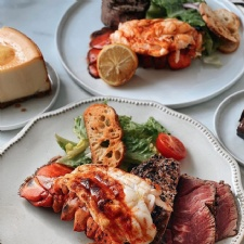 Fleming's Steakhouse Mother's Day Curbside
