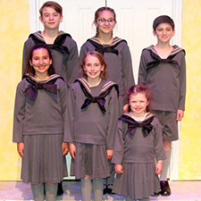 Review: The Sound of Music at LaComedia
