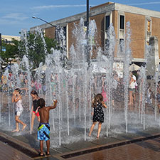 RiverScape MetroPark Interactive Fountains
