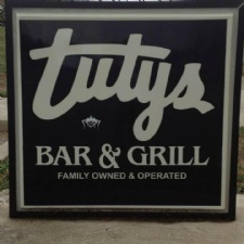Tuty's Bar And Grill
