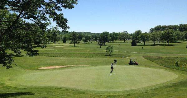 Dayton permanently closes 2 city golf courses