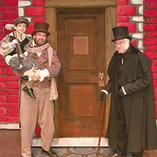 Review: A Christmas Carol at Lacomedia