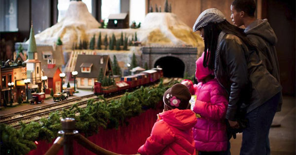 Virginia Ketterings Holiday Train Display
