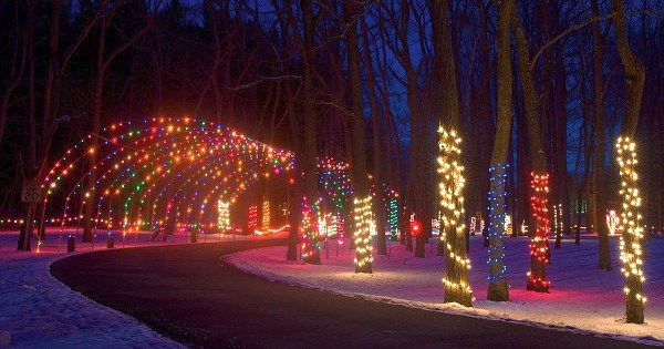 Fort St Clair Christmas Lights 2020 Whispering Christmas