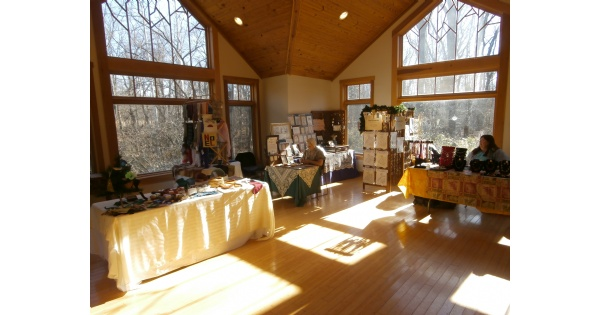 Aullwood holiday art fair for Ohio holiday craft shows