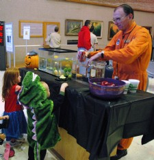Family Day: Spooktacular Aerospace Fun