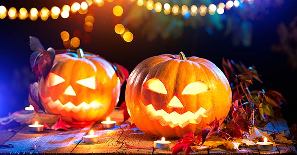 CDC guidelines on Halloween activities, trick-or-treating