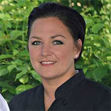 Table 33 Welcomes Chef Aimee Saling