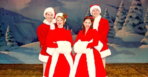 Review: White Christmas at La Comedia